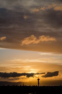 En verdig bursdag avsluttes med en nydelig solnedgang! Vakker utsikt fra terrassen min. Foto: Marta Øgaard